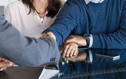 Boligkøb - Få hjælp af advokat ved køb af andelsbolig, forældrekøb eller huskøb